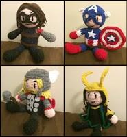 http://waywardpineapplecreations.com/julias-crochet-dolls/