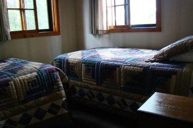Cabin Seven: Bedroom 2
