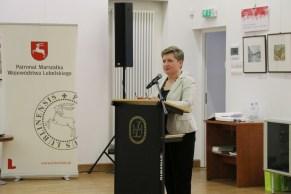 Gości spotkania przywitała Ewa Hadrian (Dział Informacji i Promocji WBP)
