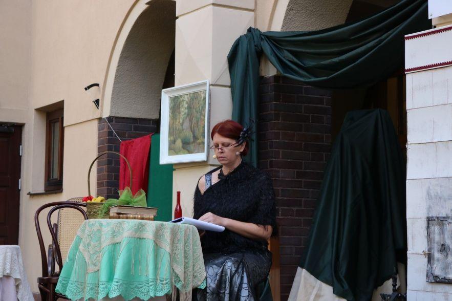 Mania Juliasiewiczowa z Dulskich - Joanna Żelazowska