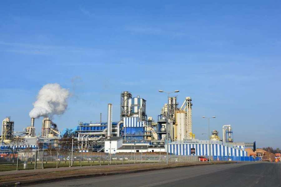 Nakaz monitorowania emisji zanieczyszczeń przez Kronospan w Mielcu w mocy