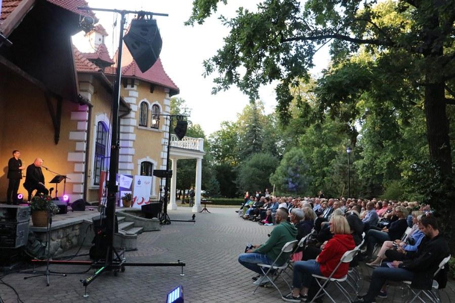 Marek Dyjak  – po koncercie w parku Oborskich [FOTO]