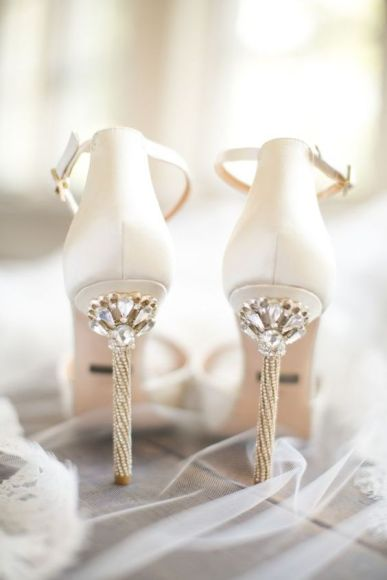 wedding shoe glam