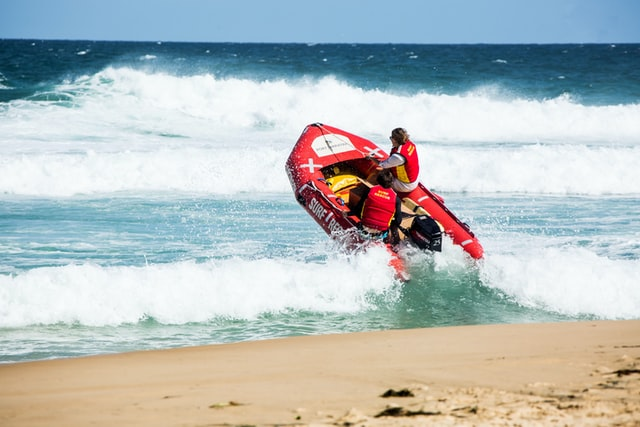 3 Important Skills To Get Hired As A Lifeguard
