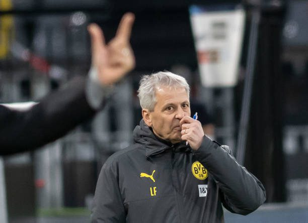 Favre axed by Dortmund following humiliating defeat