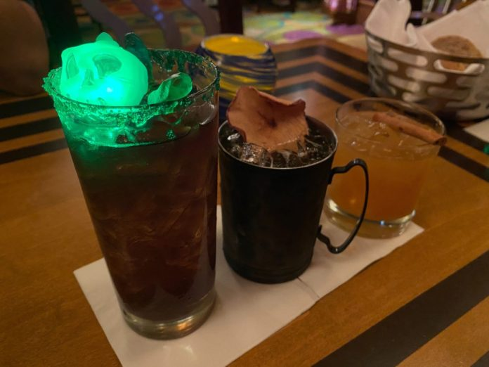 harvest-punch-wild-apple-mule-witches-brew-the-wave-of-american-flavors-disneys-contemporary-resort-8