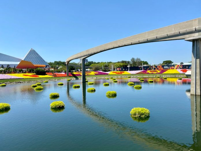 flower-and-garden-landscaping-featured-hero-image-epcot-04132021-5625262