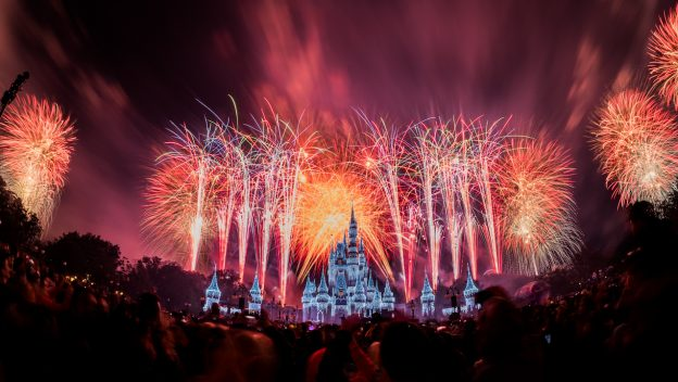 DisneyParksLIVE: Watch New Year's Eve Fireworks From Magic Kingdom Park December 31