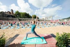 yoga-roxy-fitness-san-sebastian-2017-guillaume-arrieta-we-creative