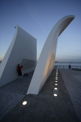 USA, New York City, Staten Island, Staten Island September 11th Memorial, WE-EF LEUCHTEN. Foto: Frieder Blickle, Hamburg