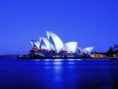 Sydney Opera House. Sydney (AUS) Architect: Utzon Architects in collaboration with Johnson Pilton Walker Lighting design: Steenson Varming (Australia) Pty Ltd. Photo: Ralph Alphonso, Melbourne