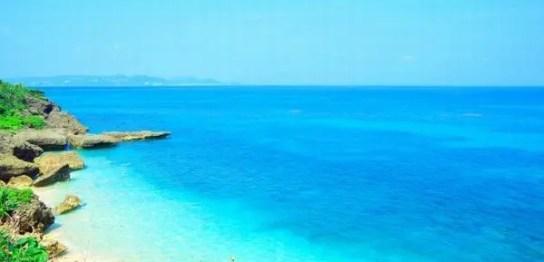 沖縄の海俯瞰