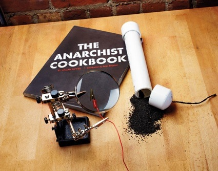 0pl_print_anarchistcookbook_f.jpg