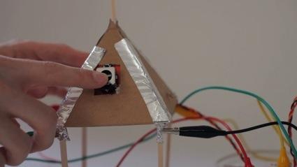 0pyramid-touch.jpg