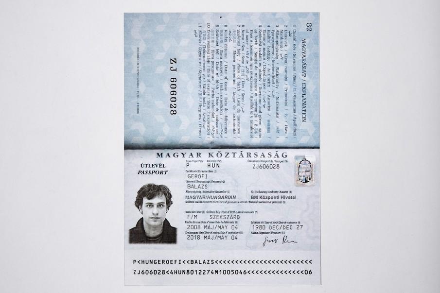012_passport_000_905