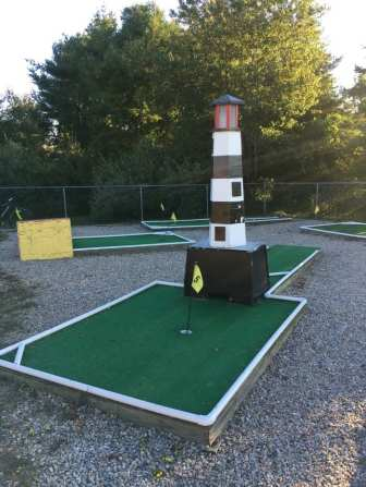 Mini golf at the KOA Mystic