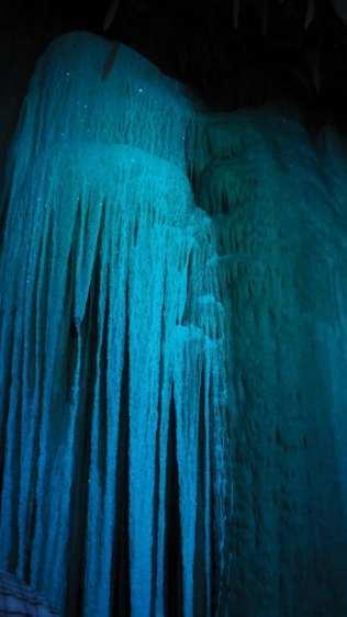 Shenandoah Caverns glittery