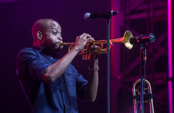 1_trombone-shorty-and-orleans-avenue_roots-picnic-nyc