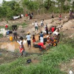 Residents in FCT communities Forced To Fetch Water From Streams Due To Water Scarcity (Photos)