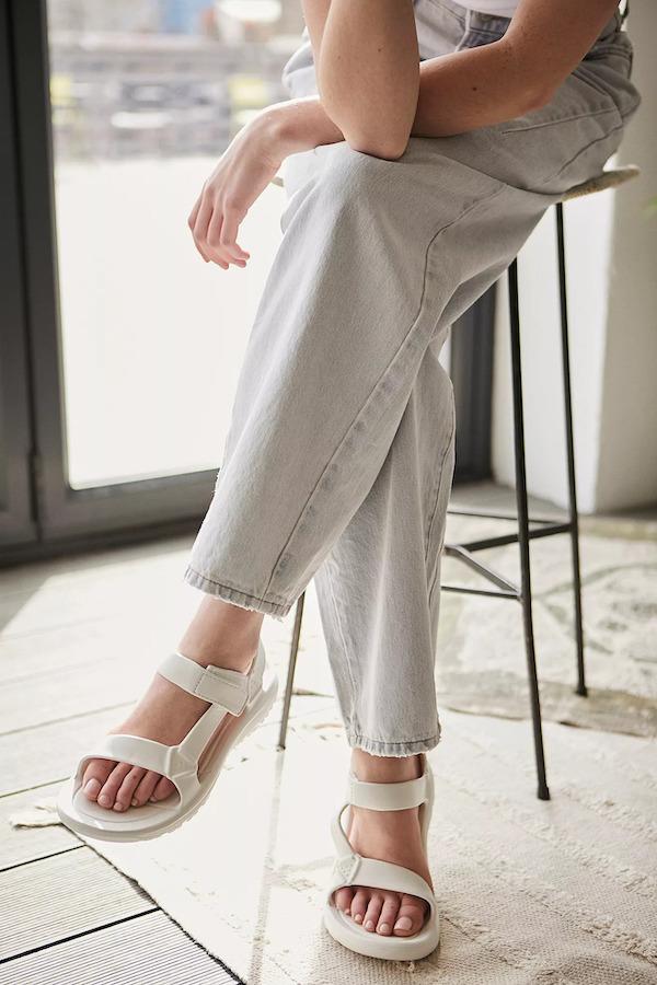 Urban Outfitters Teva White Hurricane Drift Sandals