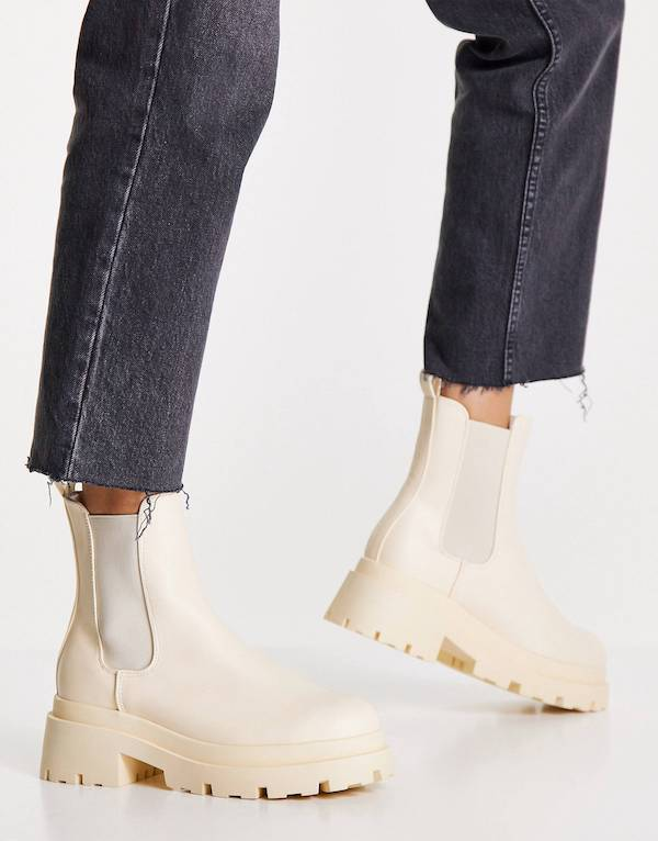 ASOS DESIGN Archer chunky chelsea boots in cream