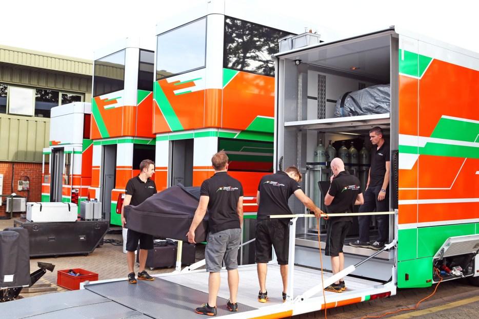 F1 Race Preperation - Jobs in F1