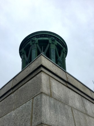 Perry's Monument was built to celebrate long-lasting peace among Great Britain, Canada, and the U.S.