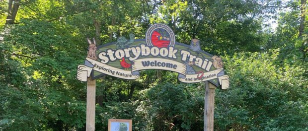 storybook-trail-entrance