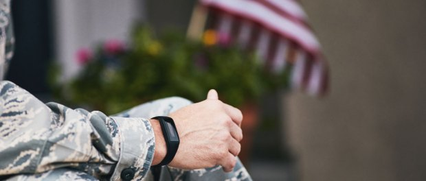 military-looking-at-smart-watch