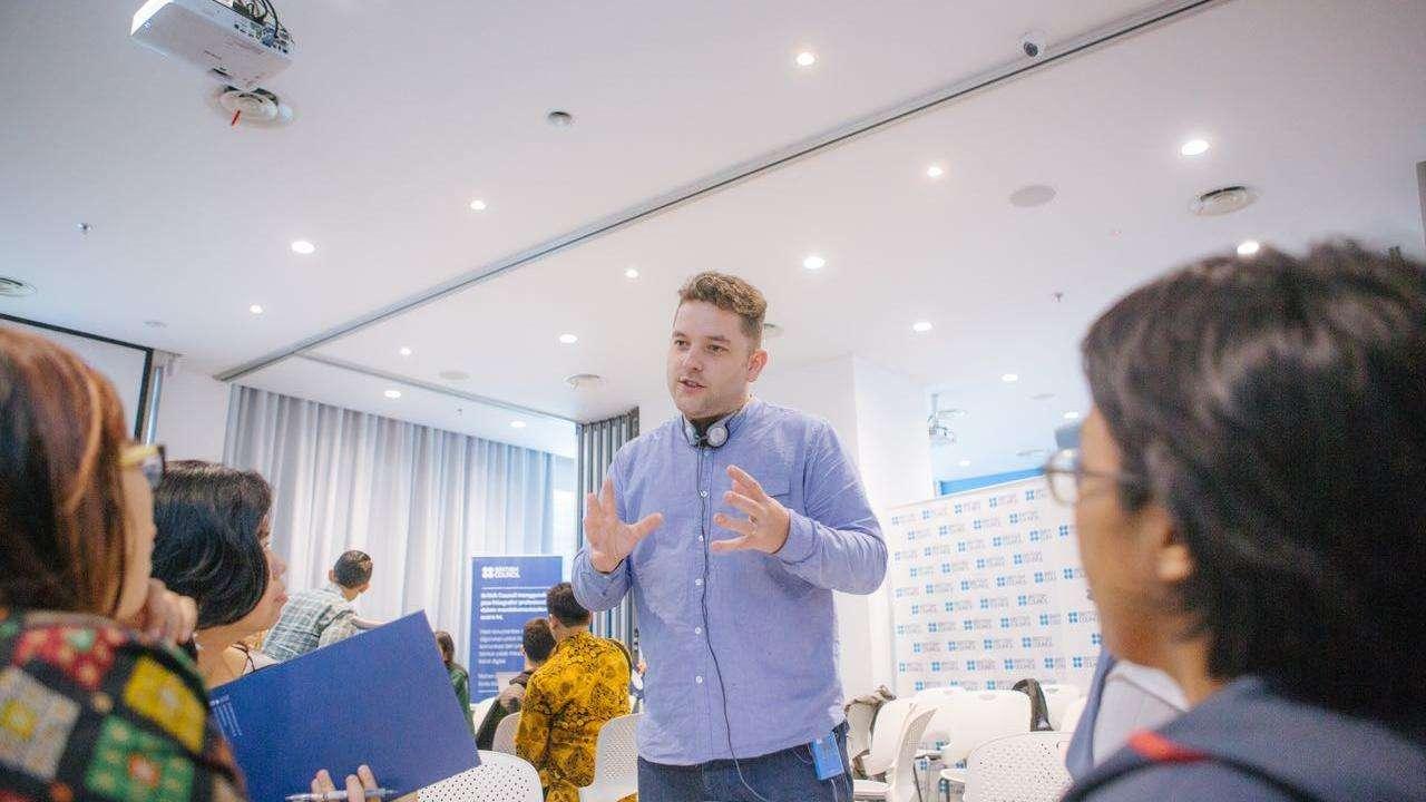Antony Evans Director In Jakarta for Inclusive Arts