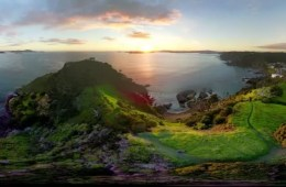 Courtney Sinclair, Tapeka Point, New Zealand, Heaven on Earth, panorama, 360 degree, green, sunrise