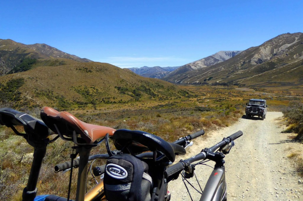 Ian MiddletonBikes With A View Hamner Springs, car, bikes, mountains, view