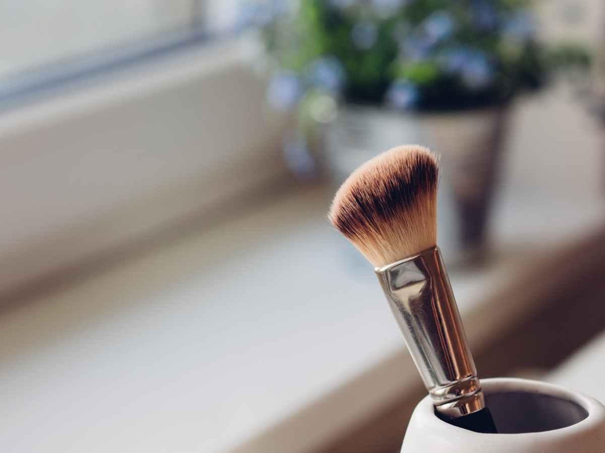 No brush, no fuss makeup*