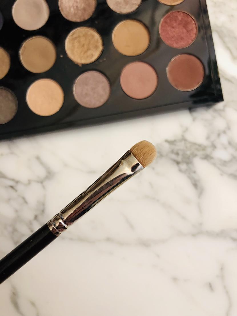 MAC Synthetic 239 Eye Shader Brush