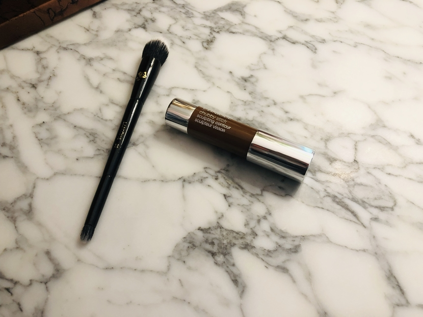 Clinique Chubby Contour Stick with the Lancome 26 duo-fiber brush