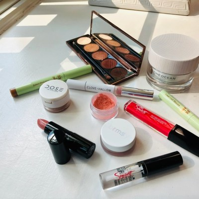 Let's talk about indie beauty brands this month!