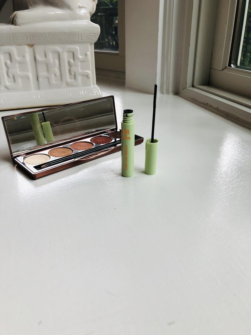 Pixi Lower Lash Mascara, showing wand detail
