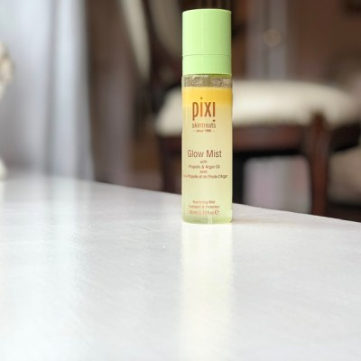 Does the Pixi Glow Mist even do anything??