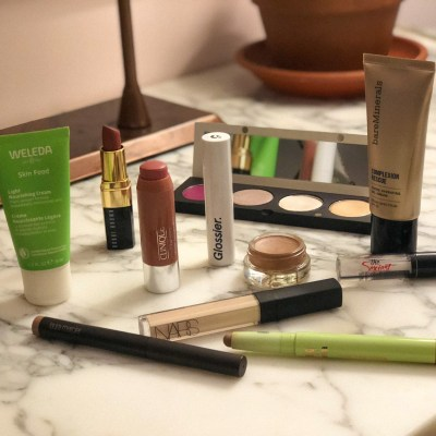 January is all about fresh barely-there makeup!