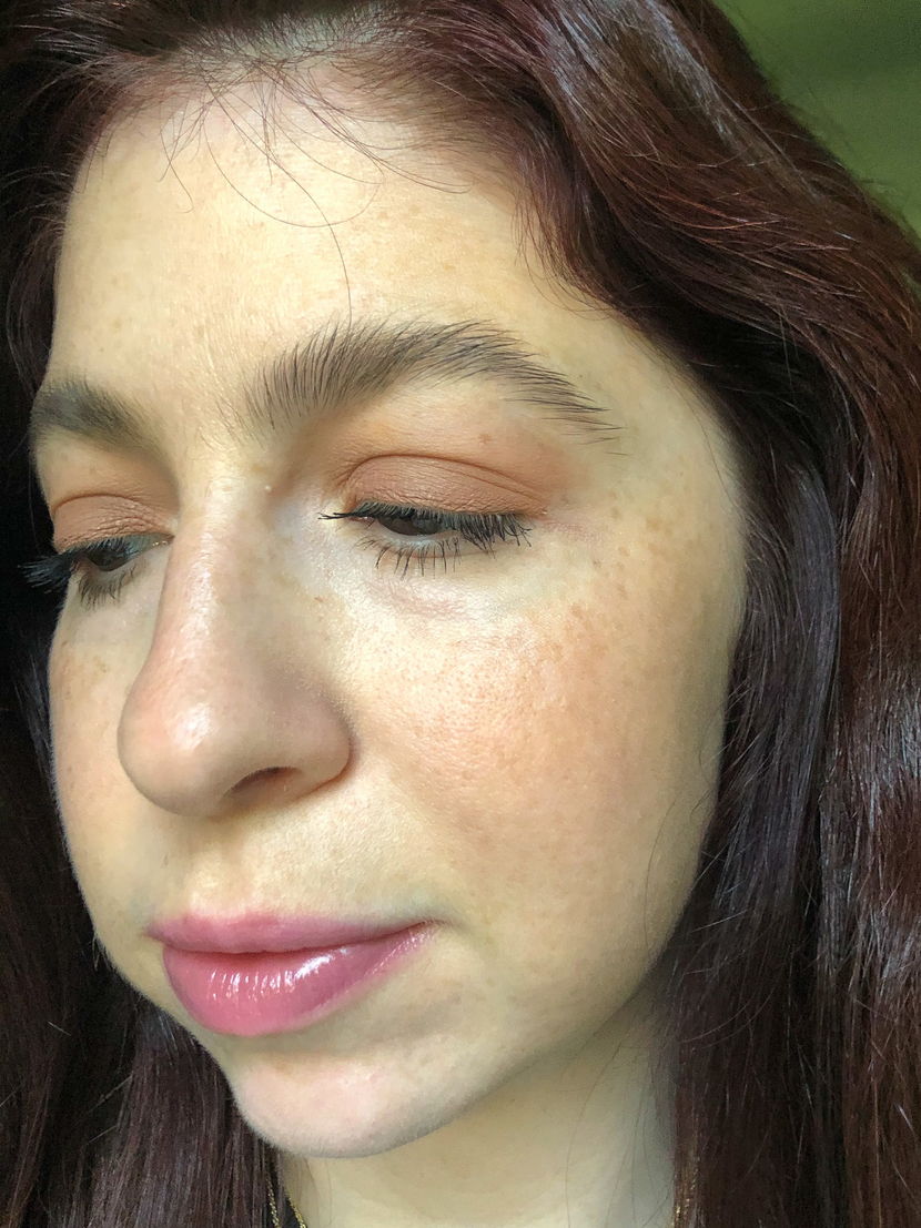 Wearing the Color Strike Eyeshadow Pen in Chase on my eyes, and Brow Fast Sculpt in Soft Brown in my brows