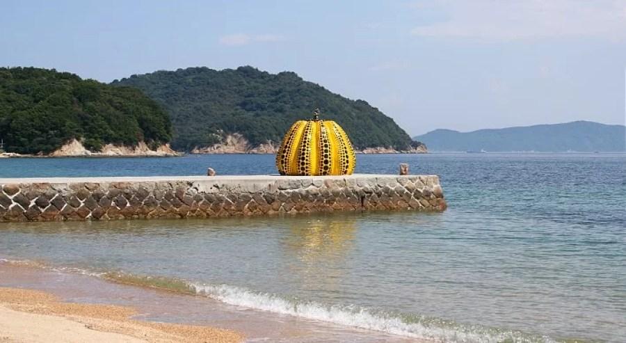destination_naoshima_top
