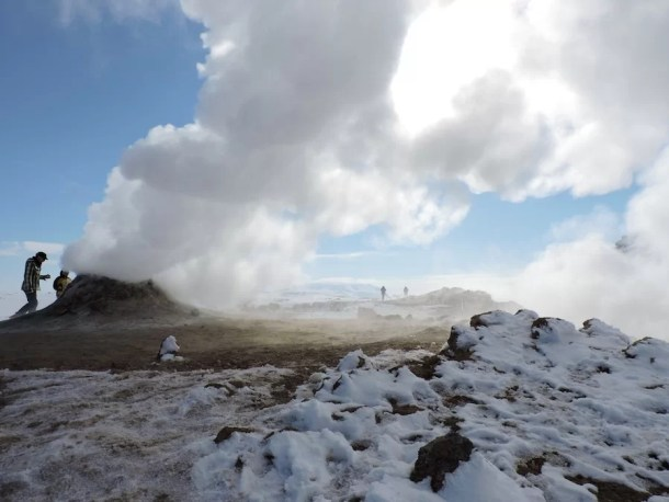 Hverarond_Islanda