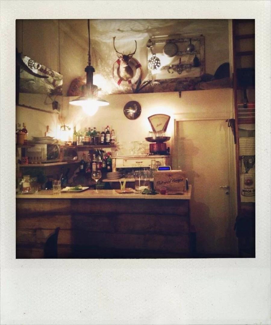 Sidro-wine-bar-in-milano