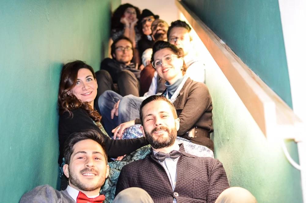 Simona, i suoi amici e i viaggiatori al MoSì B&B durante Giraffe in Città