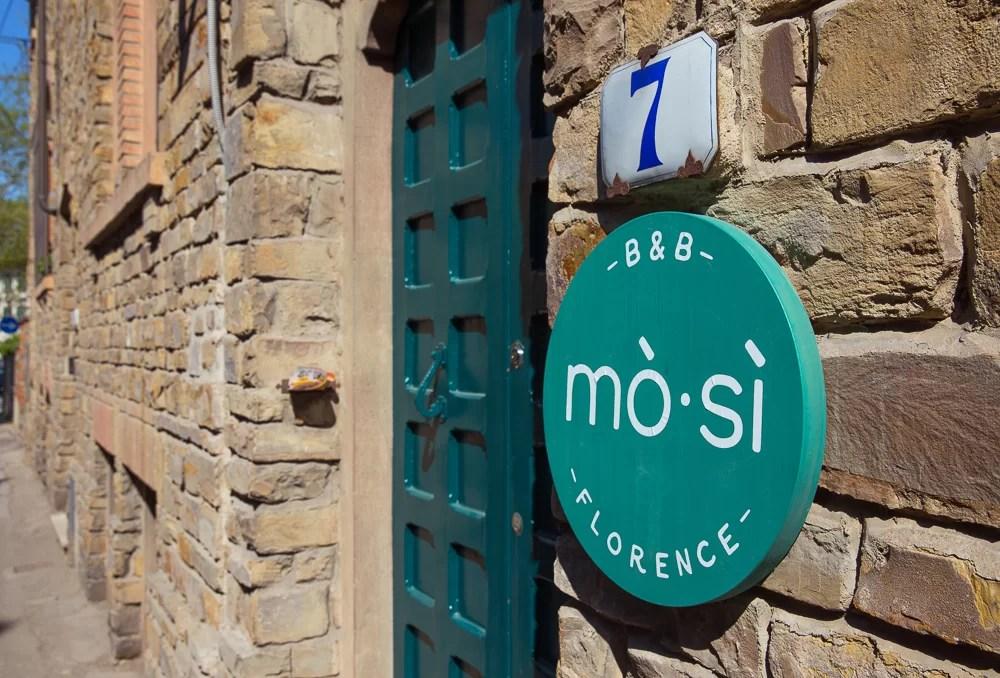 L'ingresso del B&B MoSì di Firenze
