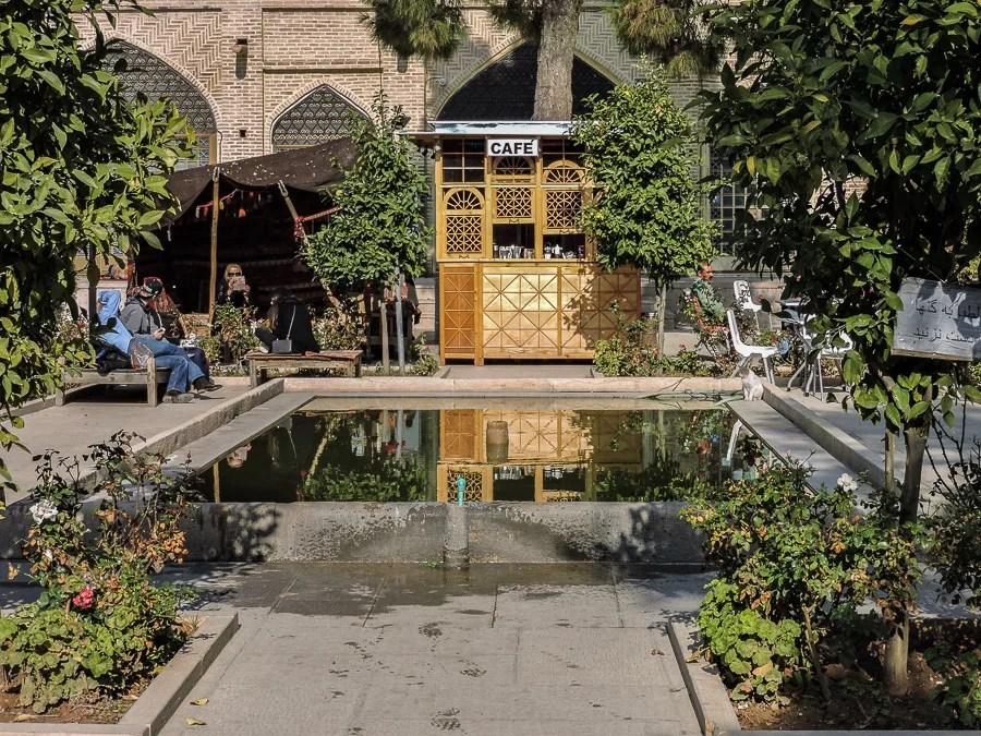 Uno dei caravanserragli all'interno del bazar di Shiraz