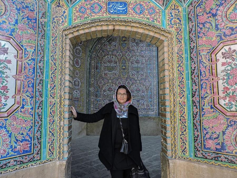 La moschea rosa o Nasir al-Molk Mosque prende il suo nome dal colore delle decorazioni