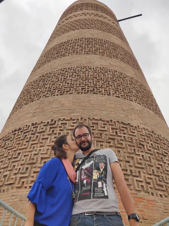 La Burana Tower è l'unico elemento superstite della città di Balasagun fondata nel 9° secolo e distrutta nel 14° secolo. Ora spicca con i suoi 20 m di altezza, ma ai tempi d'oro era alta almeno il doppio