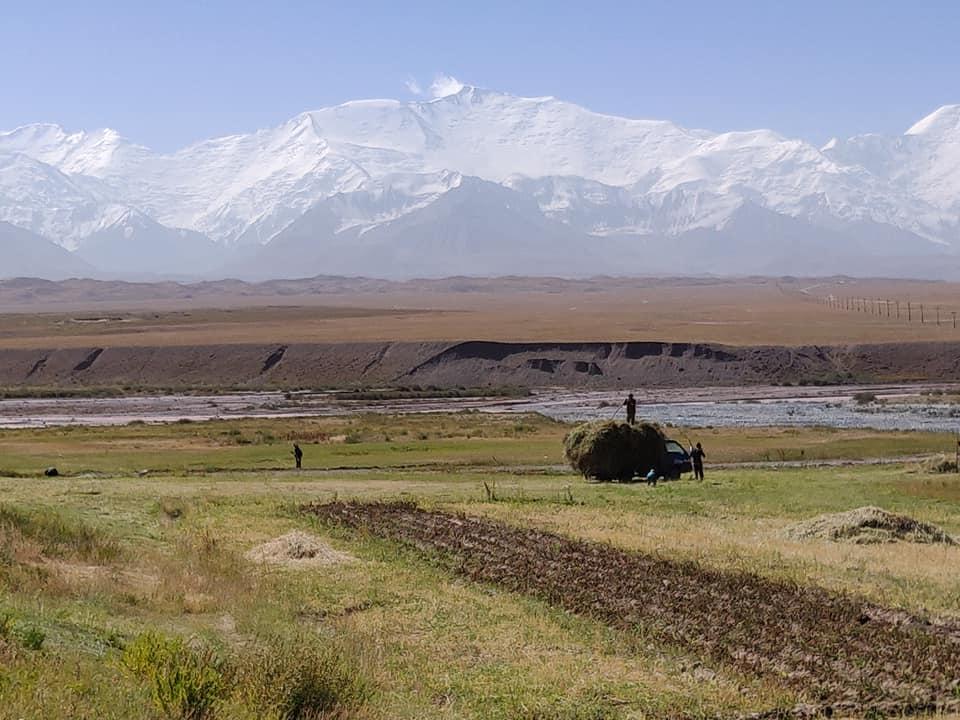 Il Lenin Peak, uno dei 7000 più accessibili al mondo si trova in Kirghizistan a Sary Mogul