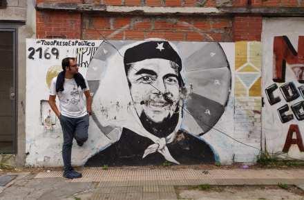 murales su che guevara nel quartiere Constitucion a Buenos Aires